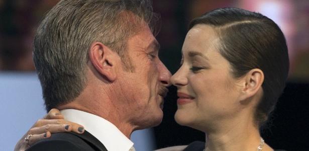 Oscar francês premia Kristen Stewart, Sean Penn e filme sobre Salgado
