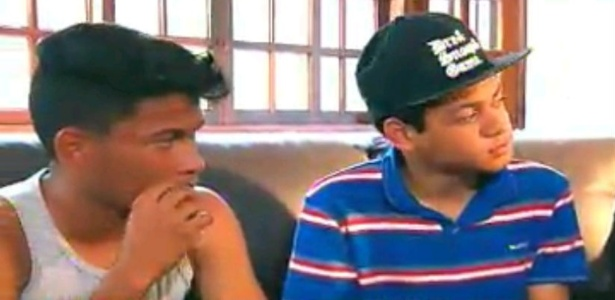 Na TV, netos reclamam da distância e pedem reaproximação do avô Pelé