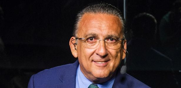 Voz de Galvão Bueno falha em jogo do Brasil, e narrador pede desculpas