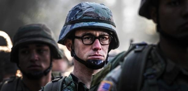 Joseph Gordon-Levitt aparece como Snowden em filme de Oliver Stone