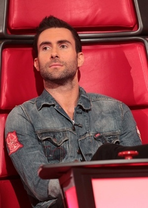 adam-levine-do-the-voice-1380748895654_300x420