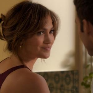 """Com cenas quentes em """"O Garoto..."""", J-Lo diz que hoje é mais sexy e madura"""