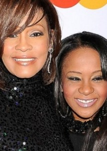 whuitney-houston-e-a-filha-bobbi-kristina-brown-1422803790463_300x420
