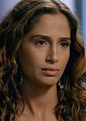 """Após receber prova, Regina confronta Beatriz na cadeia em """"Babilônia"""""""