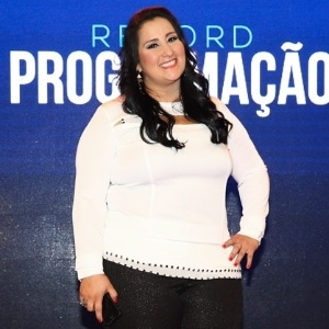 """""""O povo aumenta demais"""", diz Fabíola Gadelha sobre não gravar com Bacci"""