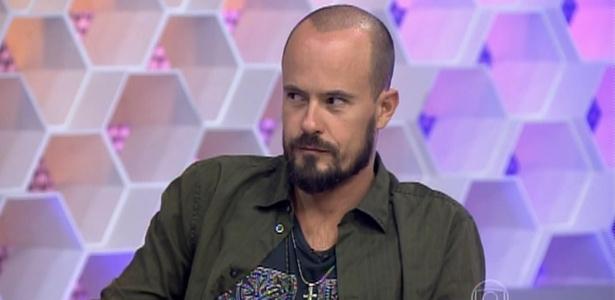 Paulo Vilhena se incomoda ao ser chamado no diminutivo por apresentador