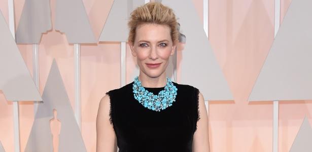Cate Blanchett diz ter tido relacionamentos íntimos com outras mulheres