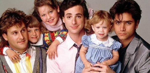 """Bob Saget , pai de """"Três é Demais"""", estará presente em nova versão da série"""