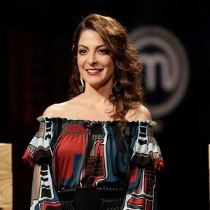 """Vira chef e me elimina"", diz Ana Paula a internauta durante ""MasterChef"""