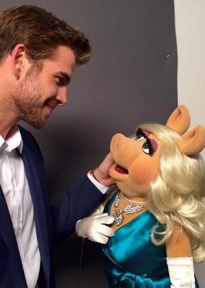 """Liam Hemsworth, de """"Jogos Vorazes"""", aparecerá em remake de """"Os Muppets"""""""