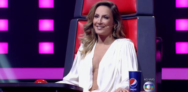 """Após decotes, Claudia Leitte aposta em visual andrógino no """"The Voice"""""""
