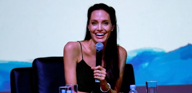 """Angelina Jolie pode dirigir e estrelar remake de """"A Noiva de Frankstein"""""""