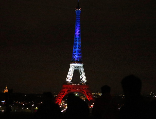 """""""50 Tons Mais Escuros"""" terá filmagens em Paris mesmo após ataque terrorista"""