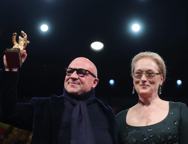 Documentário sobre refugiados ganha prêmio máximo no Festival de Berlim