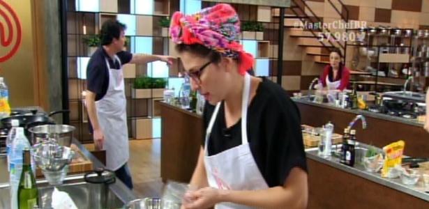 19abr2016---paula-prepara-arroz-com-cafe-na-prova-da-cesta-basica-no-masterchef-1461120606815_615x300