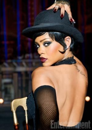 Surge a 1ª foto de misteriosa personagem de Rihanna em filme de Luc Besson