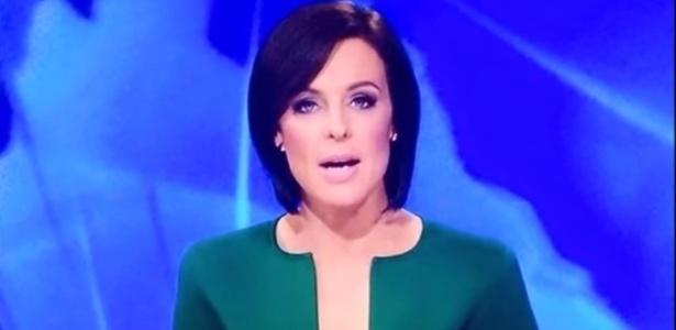 18mar2015-a-jornalista-australiana-natarsha-belling-apresenta-jornal-com-decote-sugestivo-pela-emissora-ten-eyewitness-1426702927016_615x300