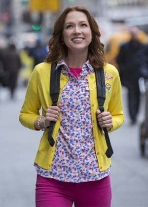 "Veja 5 motivos para ver a série ""Unbreakable Kimmy Schmidt"", de Tina Fey"