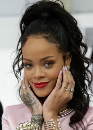 Rihanna diz que interpreta a si mesma em animação que discute imigração