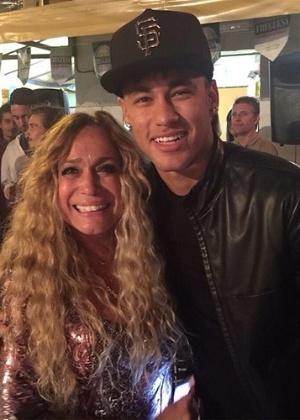 """Neymar e irmã gravam participação no primeiro capítulo de """"A Regra do Jogo"""""""