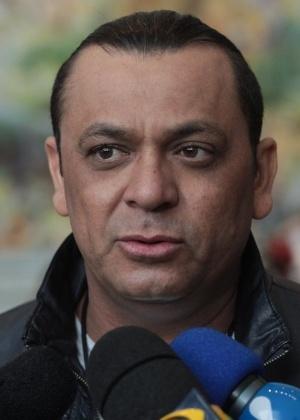 """""""Triste e decepcionado"""", diz Frank Aguiar sobre processos de ex-mulheres"""