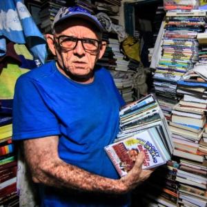 Conheça Seu Inácio, aposentado de Natal que já viu mais de 20 mil filmes
