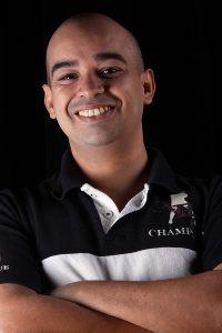 Anderson Olivera - Autor e diretor do espetáculo, além de intérprete da Sogra.